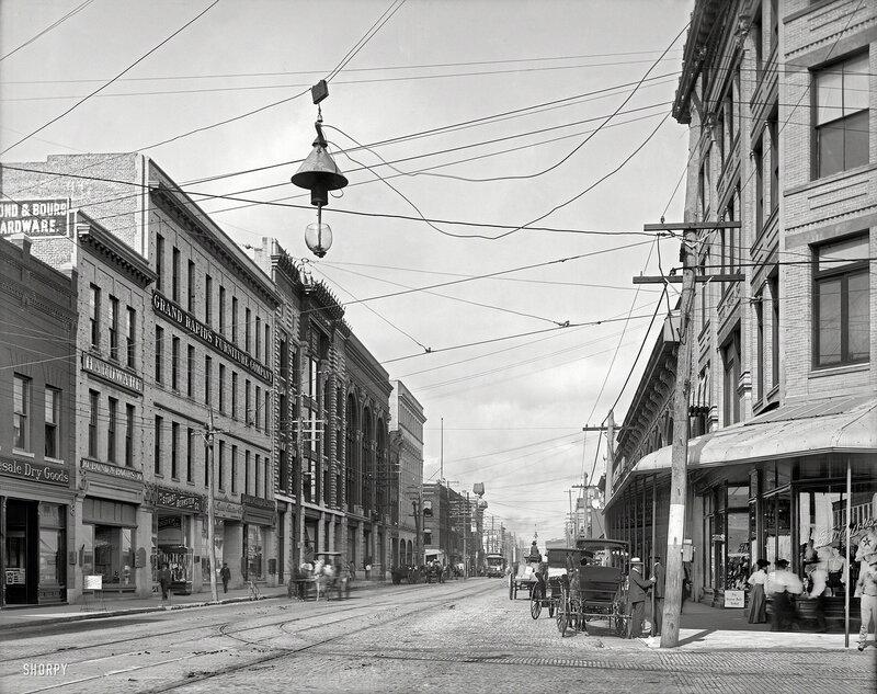 Jacksonville, Florida, circa 1904. Bay Street