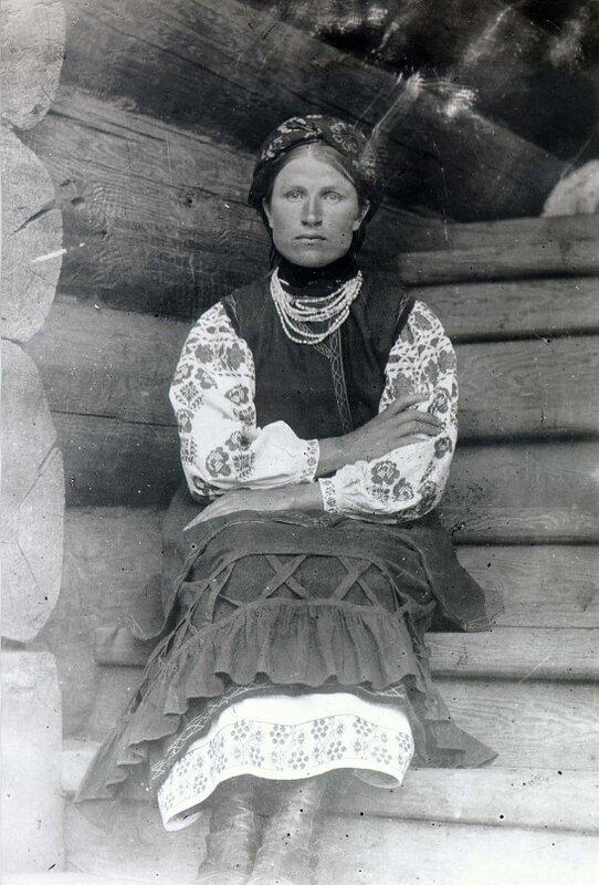 Хохлуша-переселенка из д. Ново-Полтавка Минусинского уезда