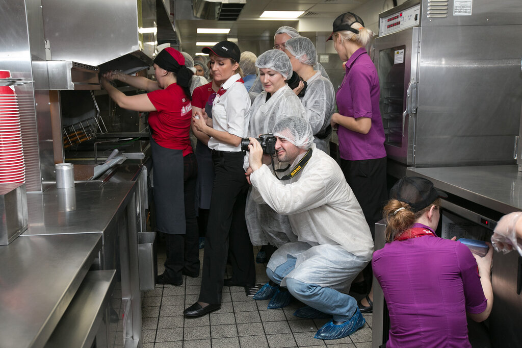 Как устроена кухня фастфуда. Ресторан KFC