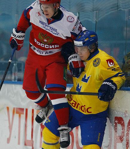 молодежная сборная России, молодежная сборная Швеции