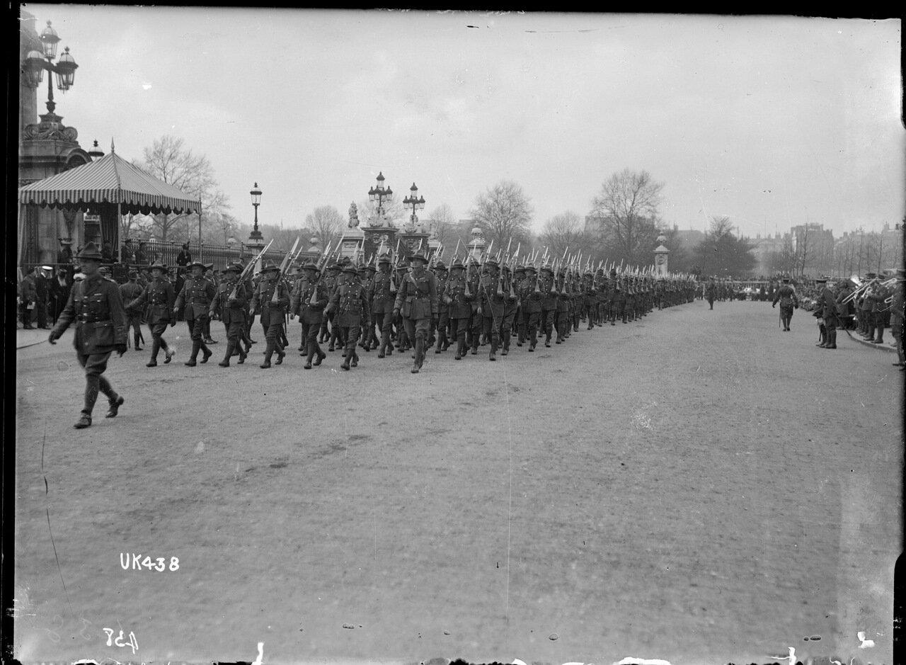 Войска Новая Зеландия на марше