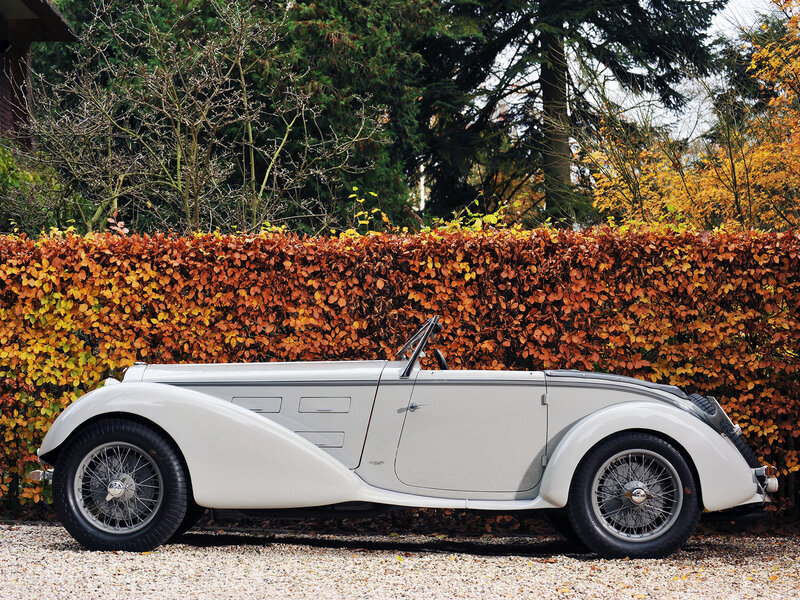 Alfa-Romeo-6C-1750-GS-Spider-by-Castagna-1930-5