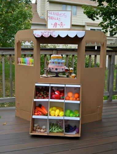 Детский магазин из картона