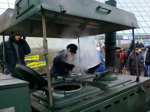 Полевая кухня на Евромайдане