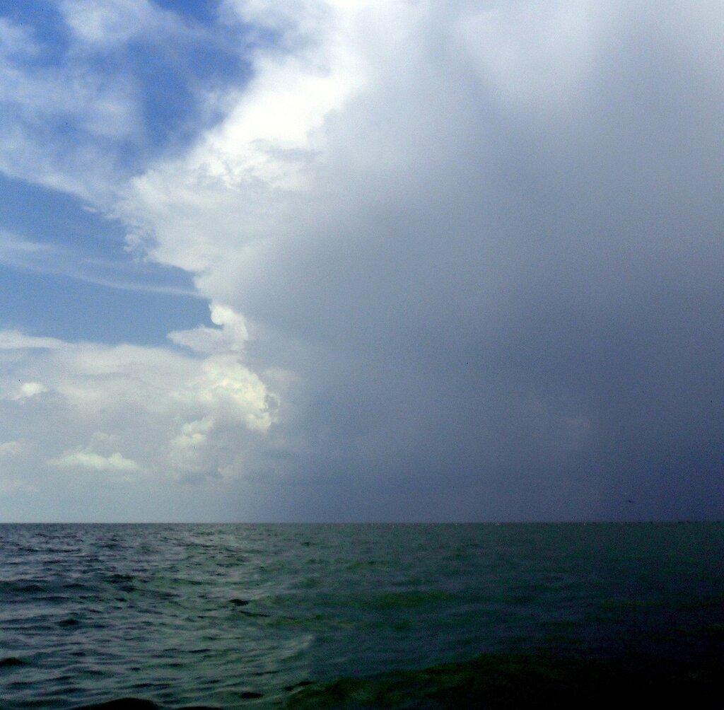Море и парус