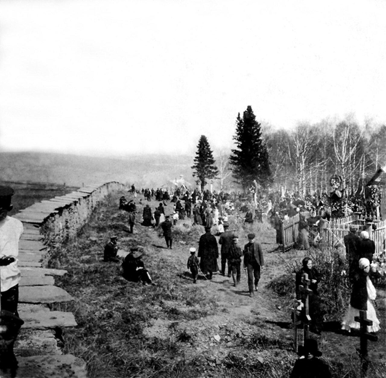 1902. Старое Уреньгинское кладбище.