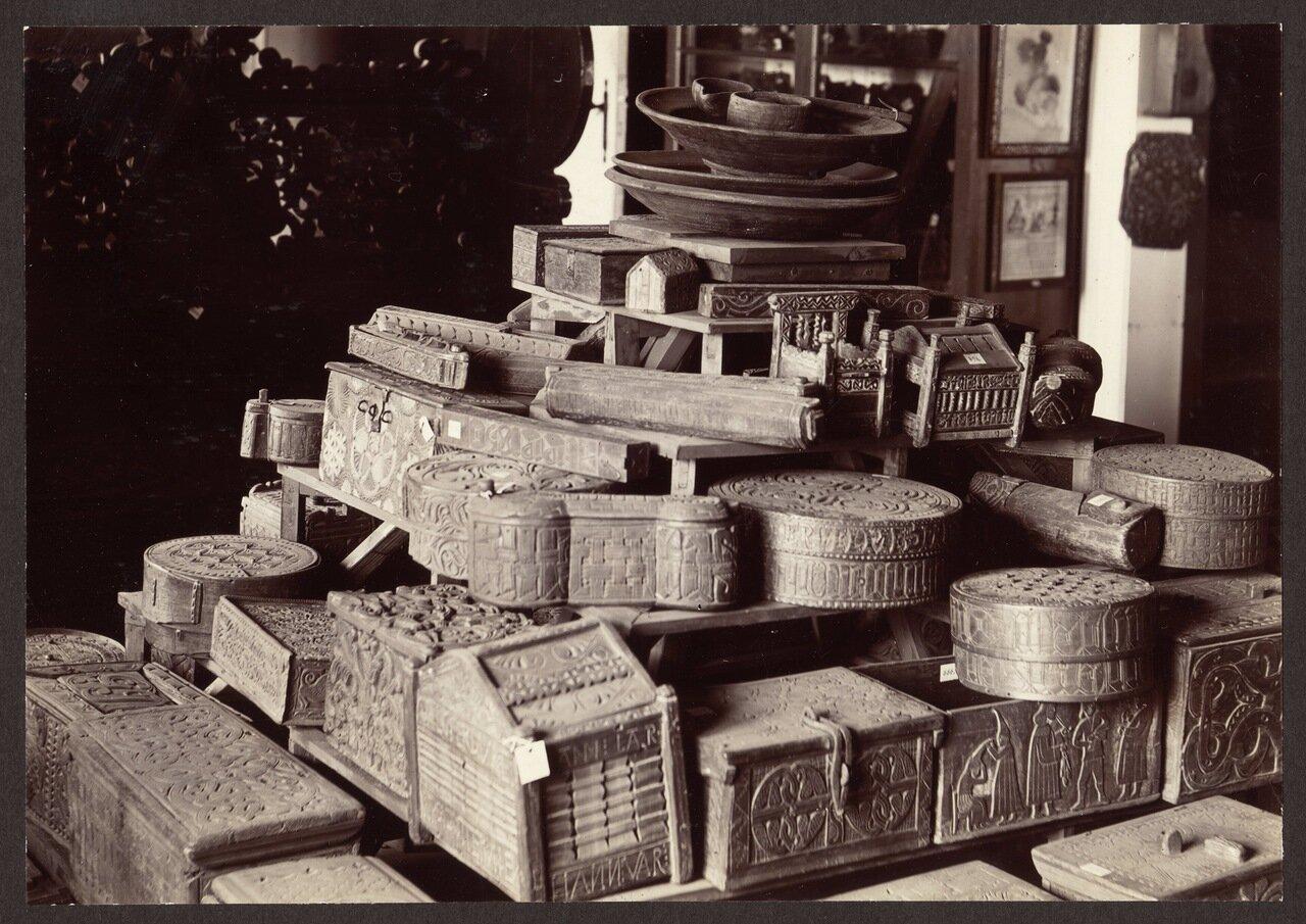 Старые деревянные ящики. Археологический музей Рейкьявика