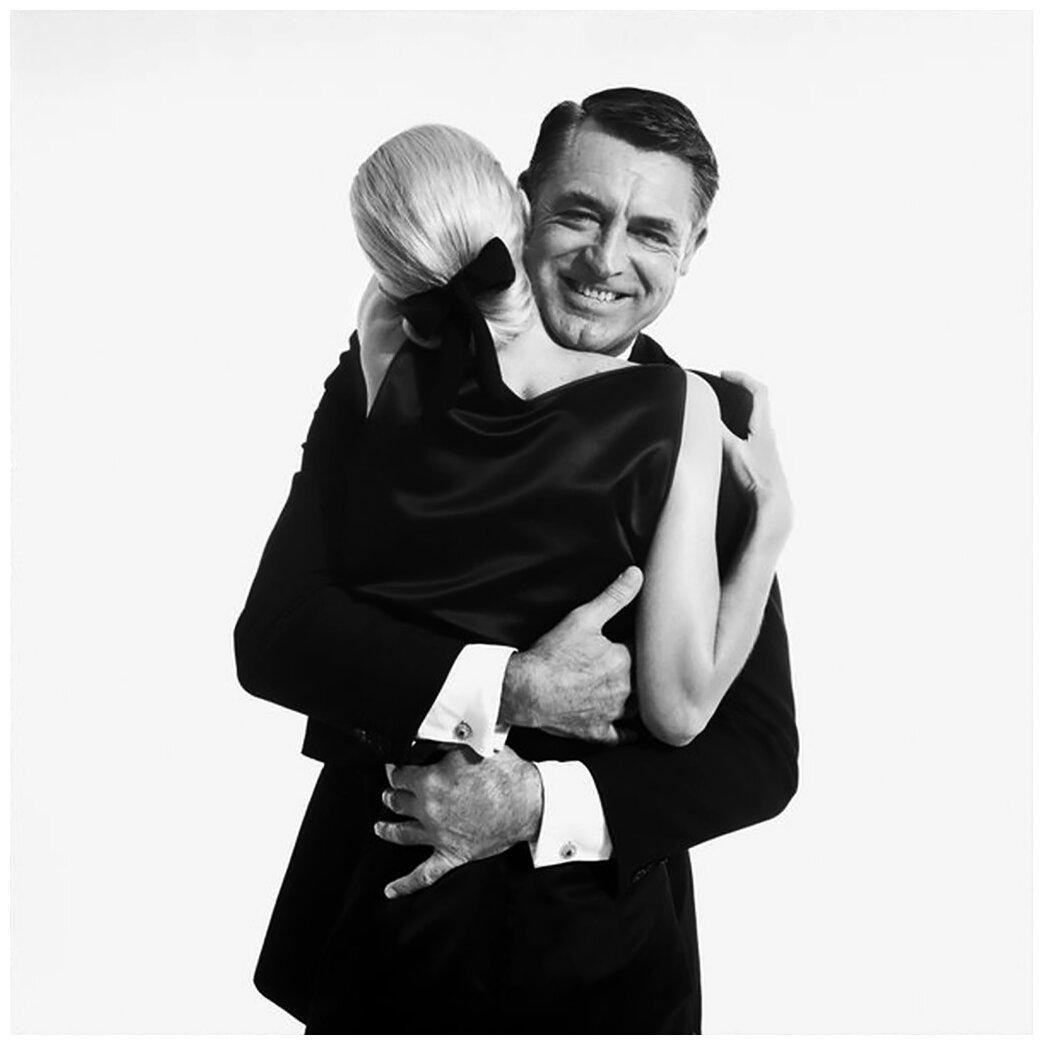 1959. Кэри Грант и модель Санни Харнетт, Нью Йорк