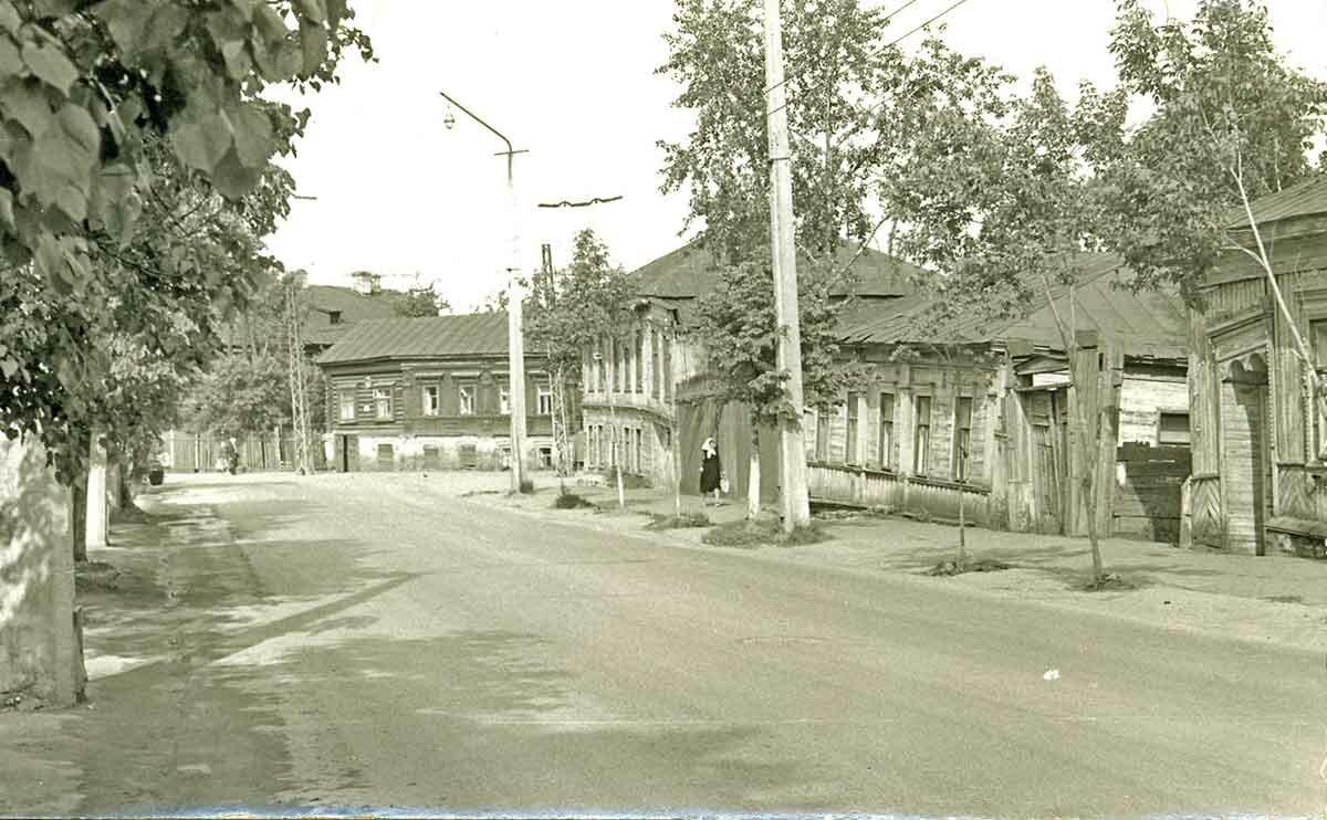 Начало улицы Екатерининская