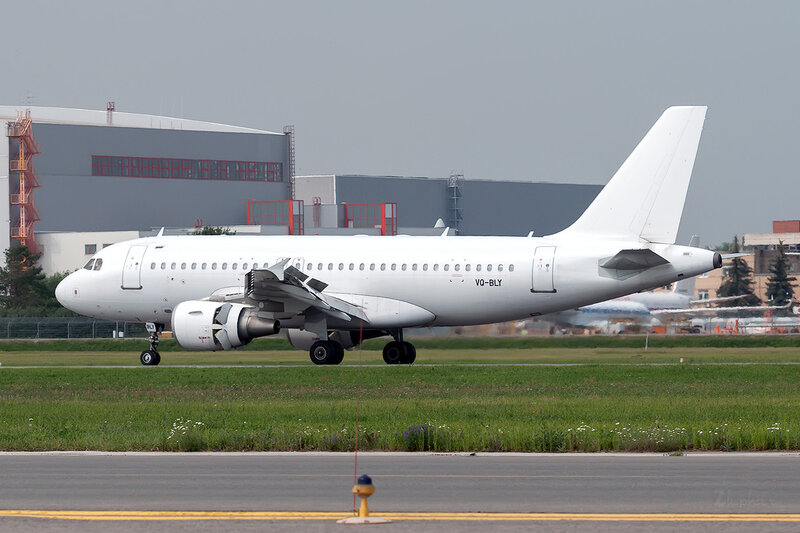Airbus A319-111 (VQ-BLY) Sky Express DSC1969