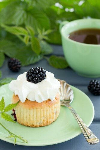 Muffins with blackberries.
