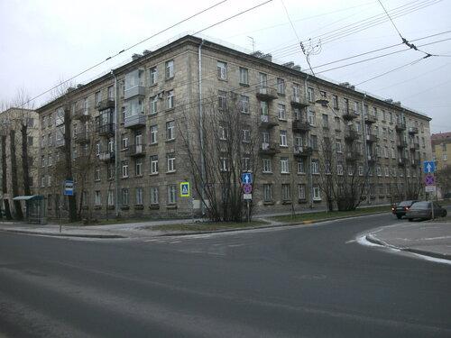 ул. Севастьянова 1