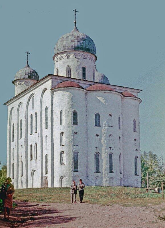 Георгиевский собор Юрьева монастыря.