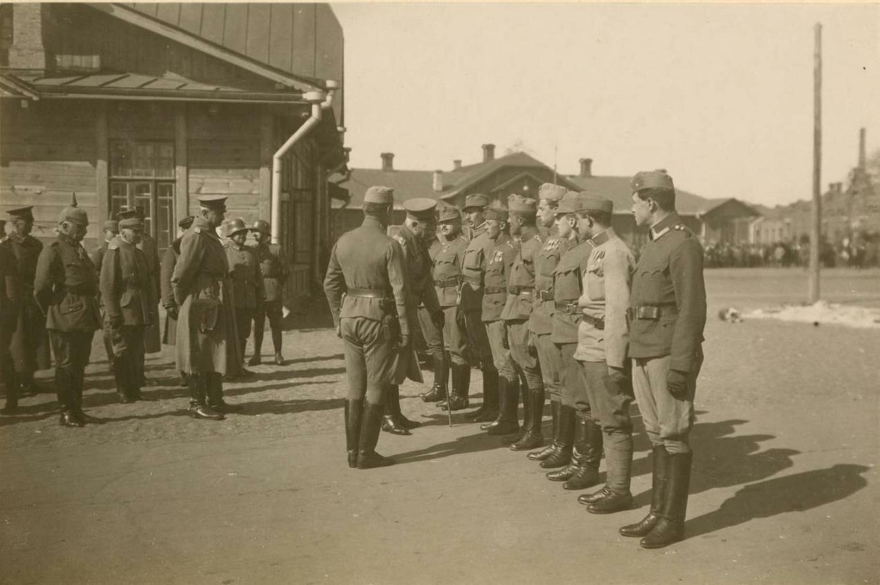 Войск рассматривается в Екатеринославе.