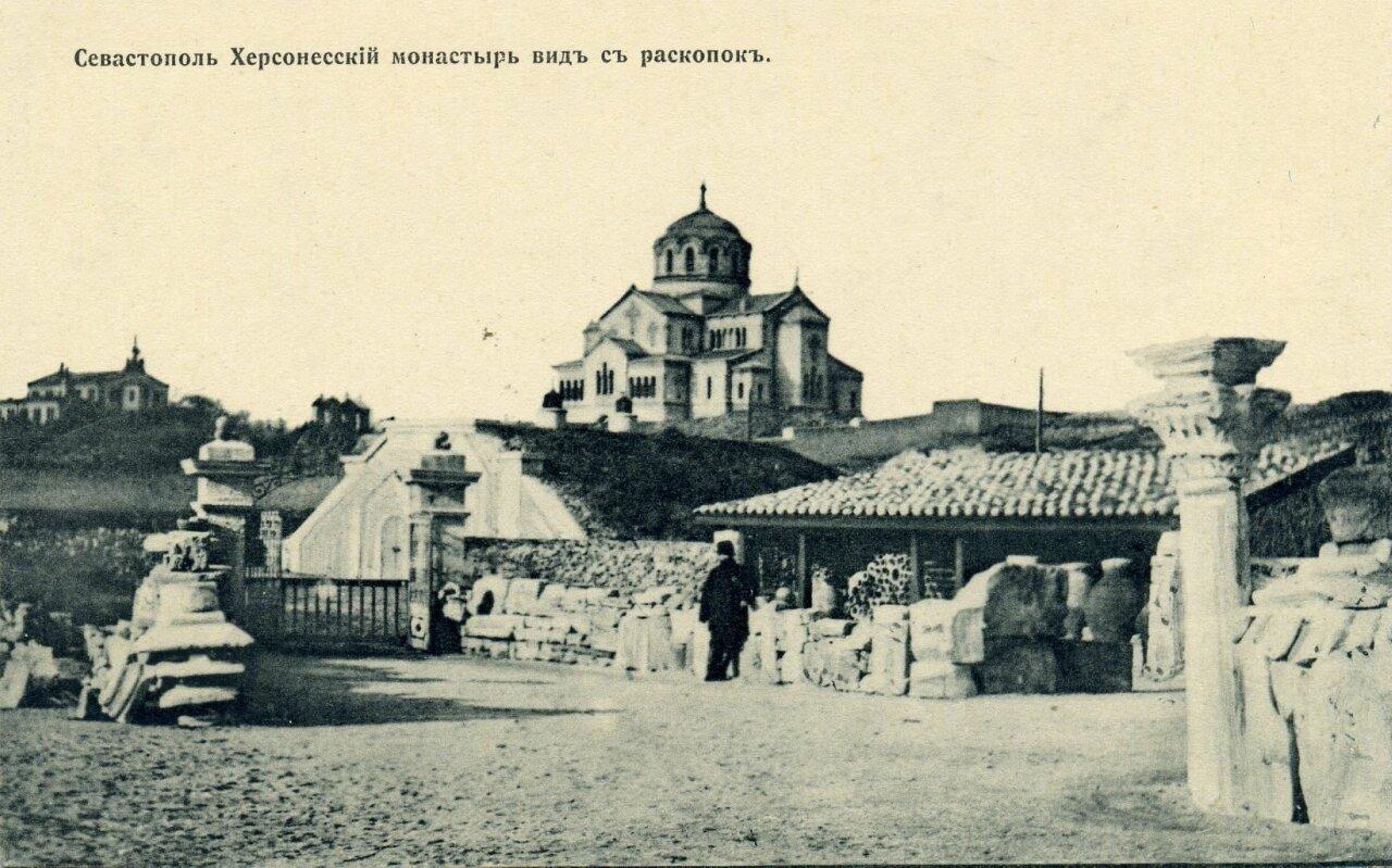Херсонесский монастырь. Вид с раскопок