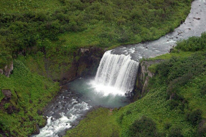 Камчатка, Водопад с вертолета