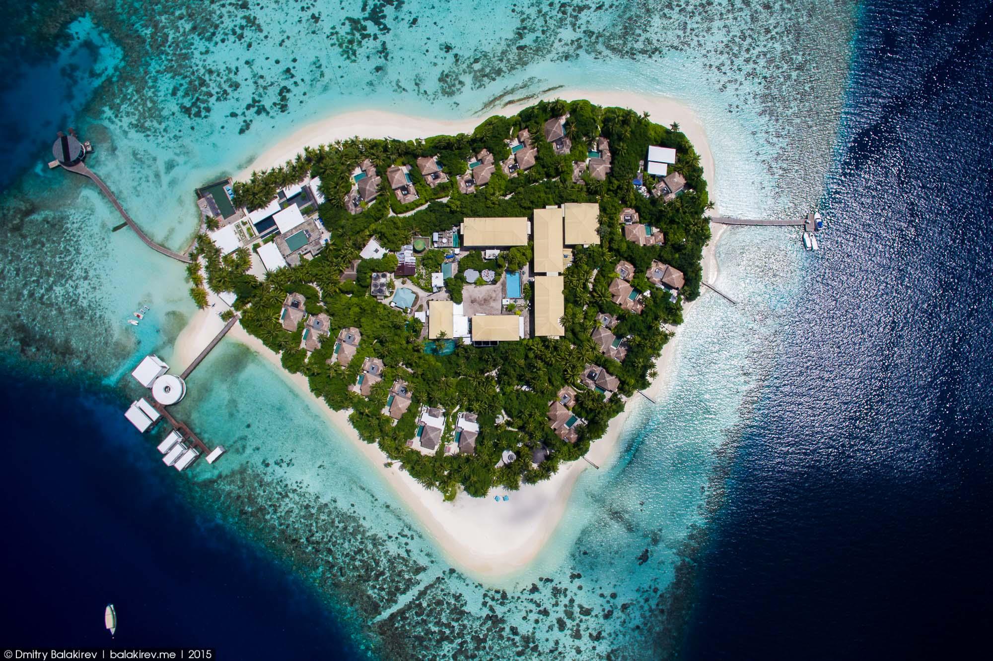 фото остров в виде сердца