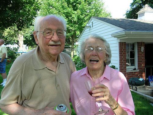 Муж произносит тост жене на 50 лет
