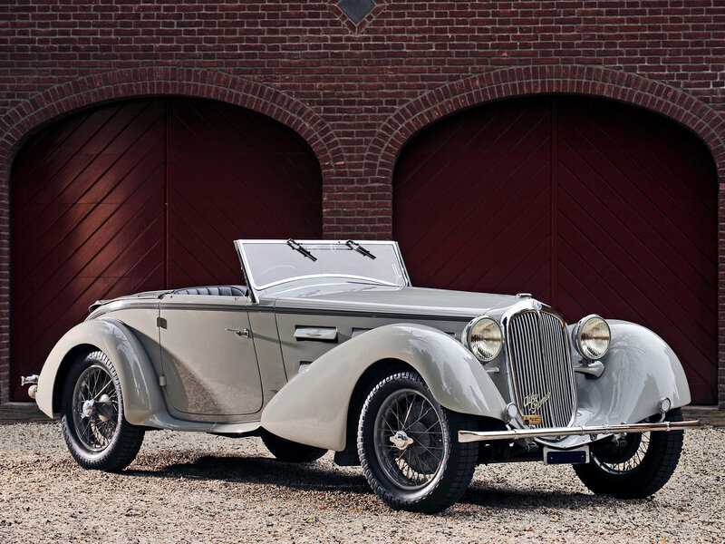 Alfa-Romeo-6C-1750-GS-Spider-by-Castagna-1930-1