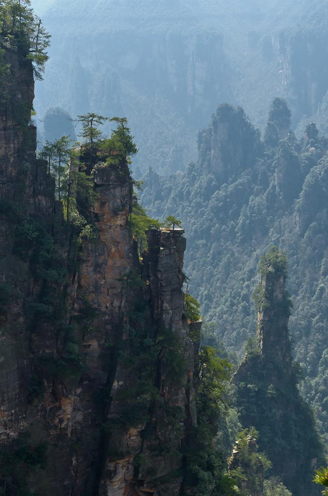 Фото 6. Во время самостоятельного отдыха в Китае нам очень понравилась экскурсия в заповедник Чжанцзяцзе. Китайские мотивы