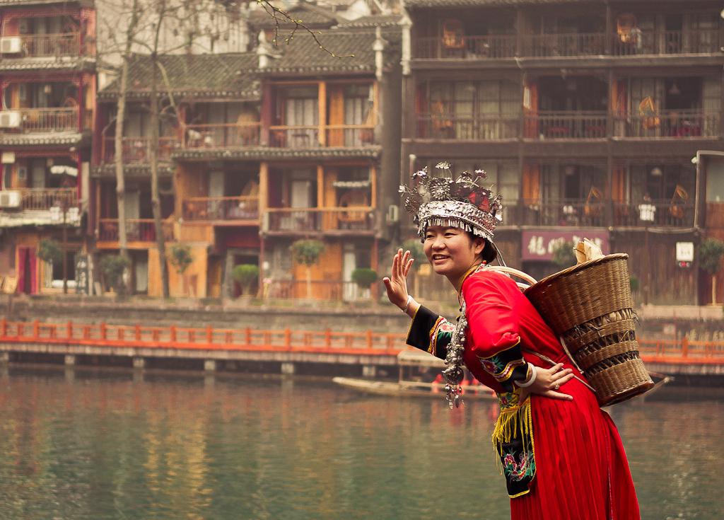 16. Правда, я красивая? ;) Прогулка по Фэнхуану. Отзыв о путешествии из Чжанцзяцзе к рисовым террасам Лонгшень.