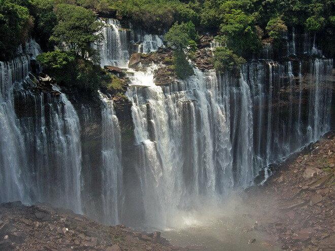 Водопад Каландула. Ангола