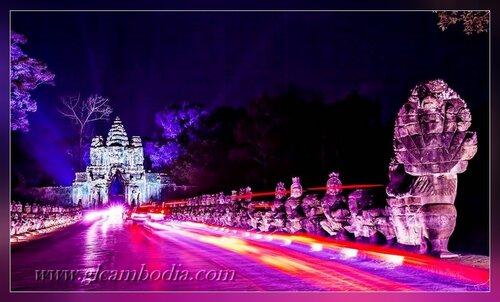 Храмы Ангкора ночью, ворота в Ангкор Том