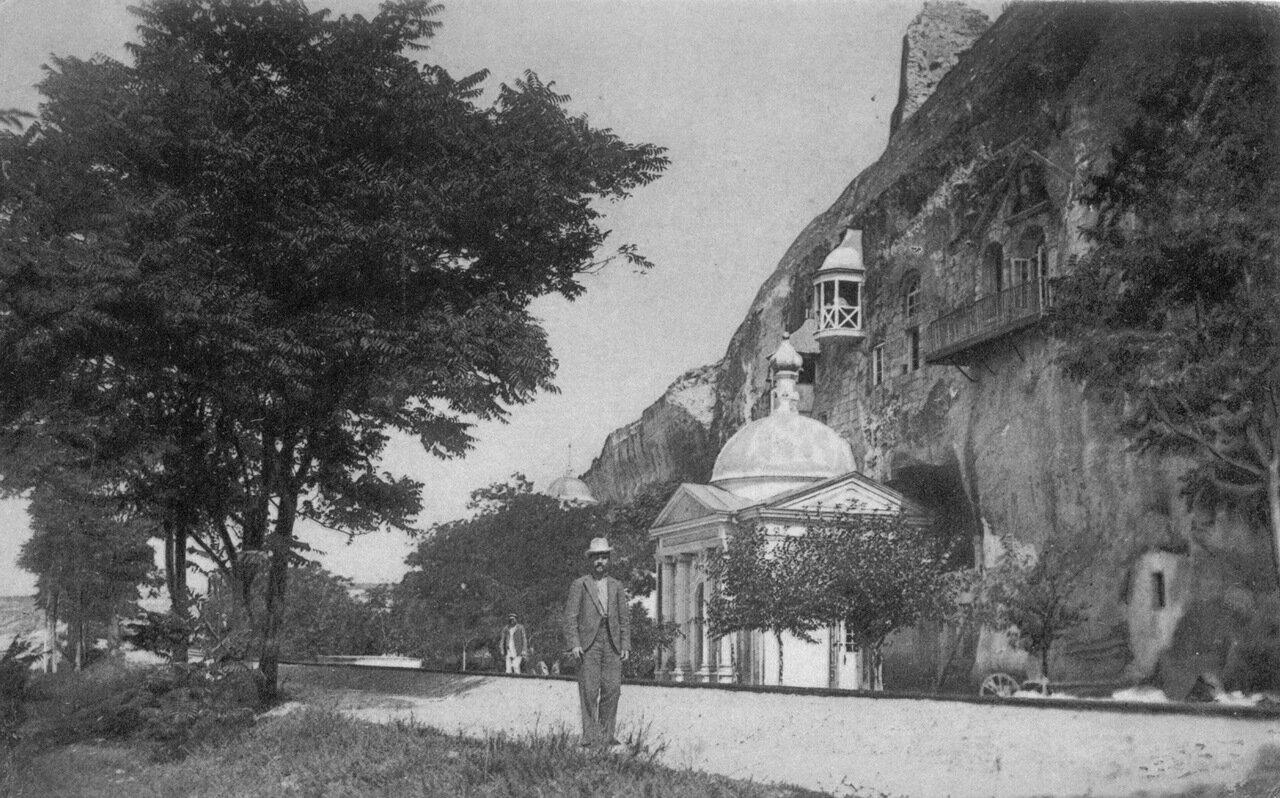 Инкерман (Севастополь). Пещерная церковь Святого Евграфия