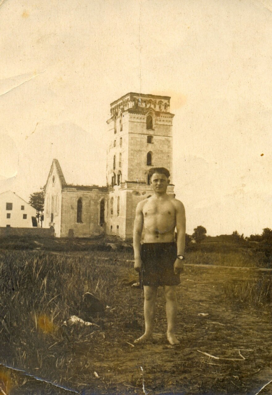 1960-е. Вид на собор со стороны р. Случь