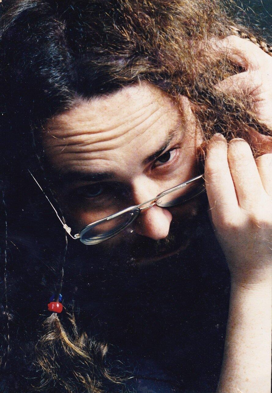1997. Серия портретов работы Олега Столярова. Если не ошибаюсь, он получил какую-то премию за них