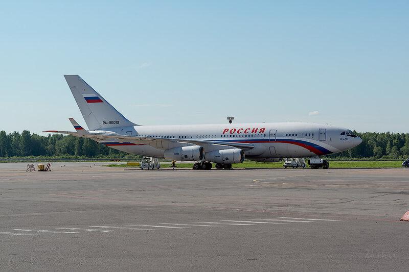 Ильюшин Ил-96-300 (RA-96019) Россия - СЛО D800794