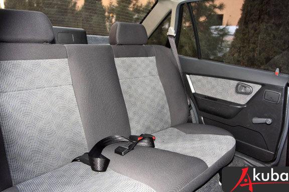 Стандартные задние сидения