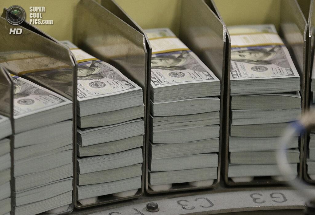 New $100 Bills