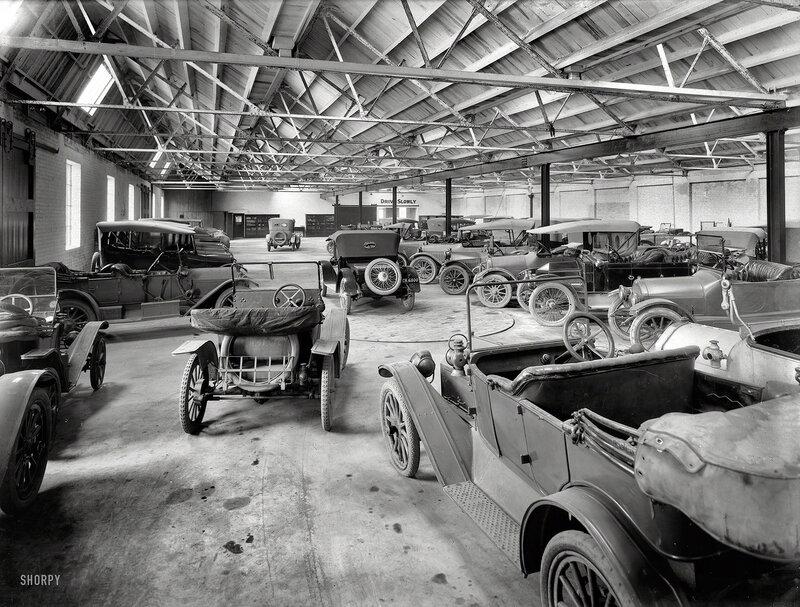 Circa 1917. Motor cars in New Zealand Farmers Co-Op Garage