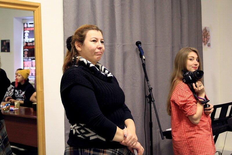 На интервью Louna в школе рока Rock Stars School в Кирове