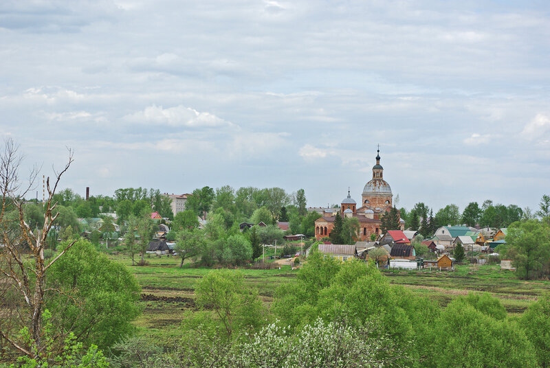 Вид на церковь Петра и Павла