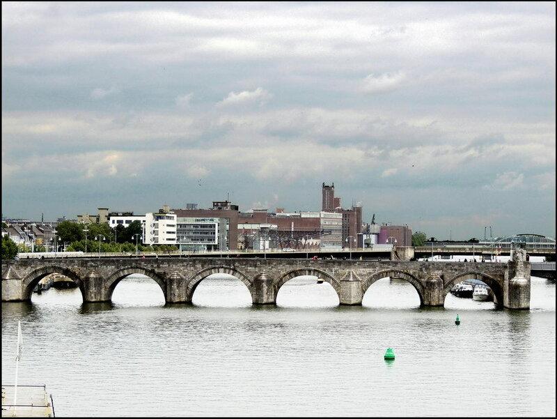 Maastricht 7437 Sint Servaasbrug