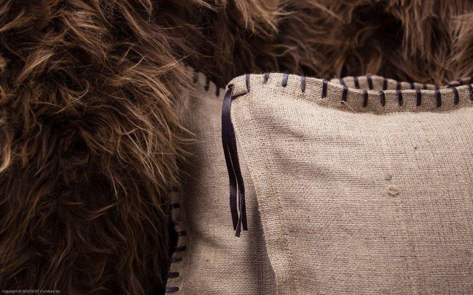 Софа Long Wool из дубовых досок и овечьей шерсти
