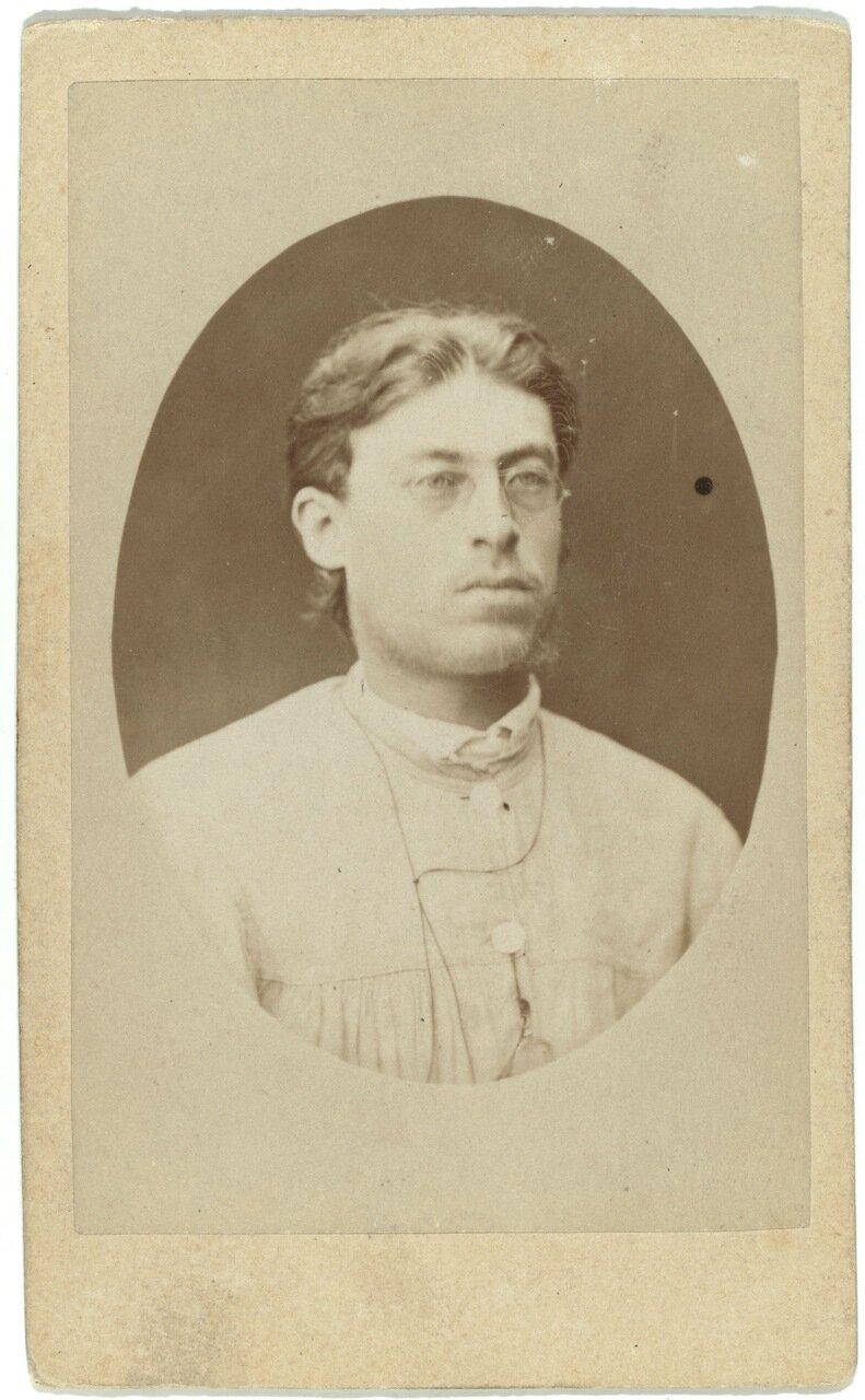 Николай Алексеевич Виташевский, писатель из Одессы. Участвовал в военном мятяже в 1878 году и был заключен в Харьковский централ Приговореный к четырем годам каторжных работ, он был сослан в Якутск
