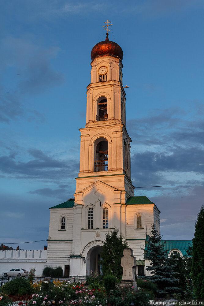 Колокольня Раифского монастыря.