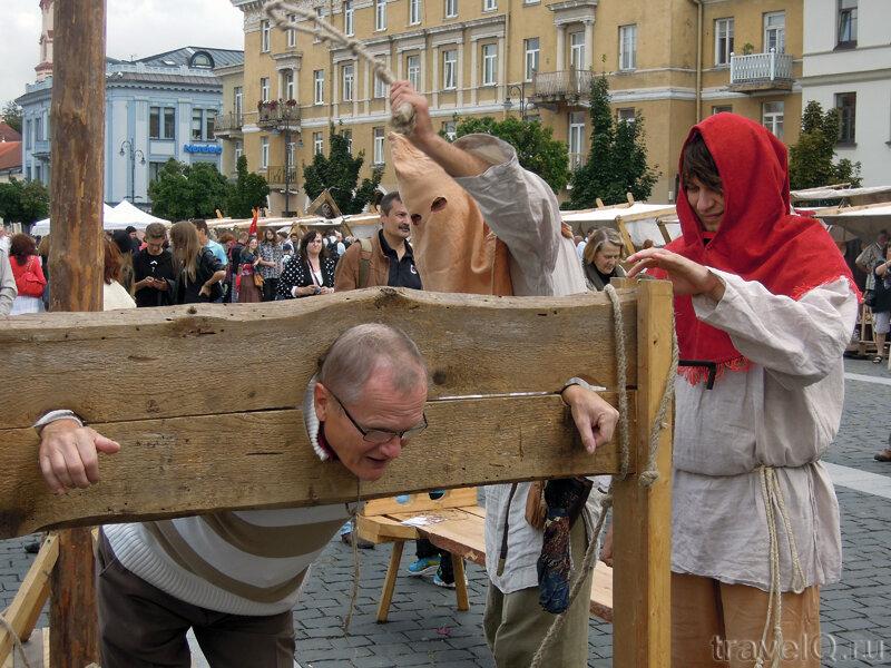 Cредневековые палачи на ярмарке Варфаломея
