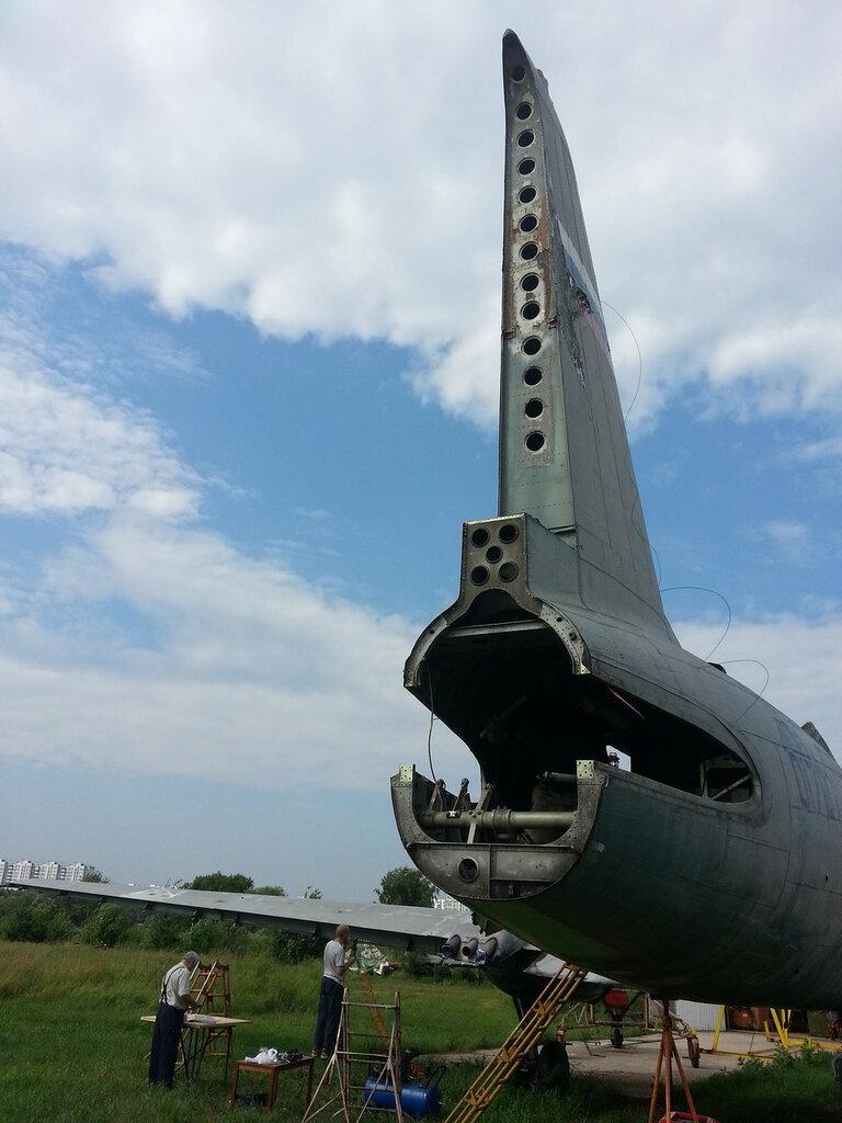 хвостовая часть Ил-14