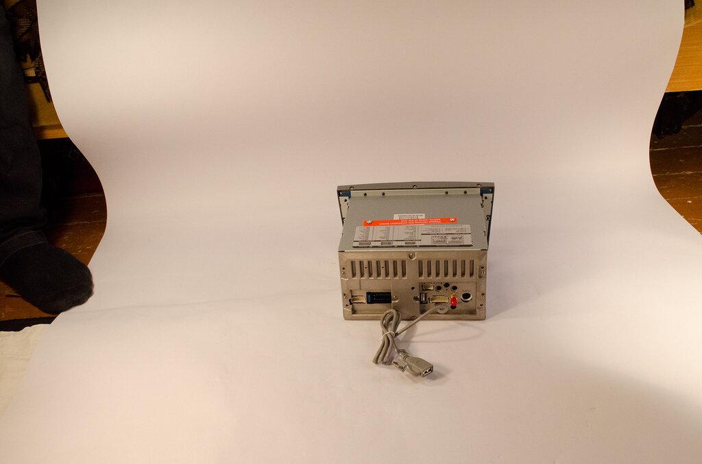 Фото 1. В качестве фона для предметной фотосъемки используем лист ватмана