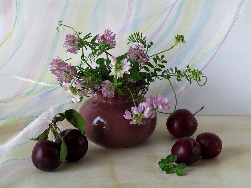 Этюд с полевыми цветами