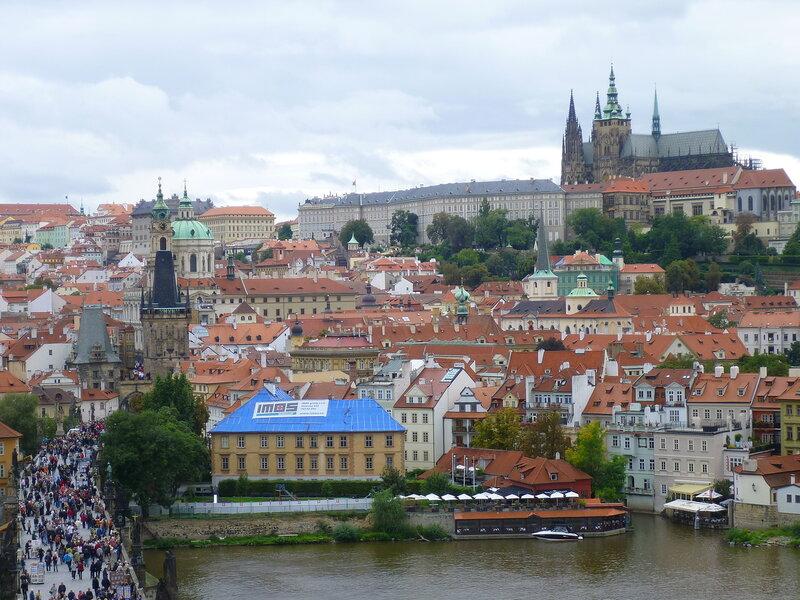 Чехия, Прага - вид от Староместской мостовой башни (Czech Republic, Prague - view from the Old Town Bridge Tower)