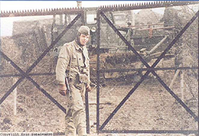 Eric Sobalvarro - F Troop - Border - 1985 - One very cold GAK as the fence construction program continues in the Winter.
