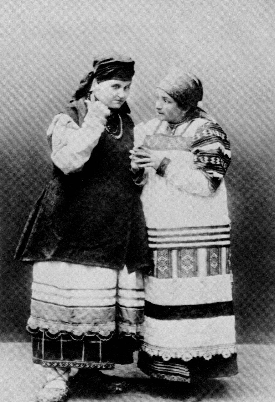 Садовская и Никулина в спектакле Власть тьмы.1918 год.