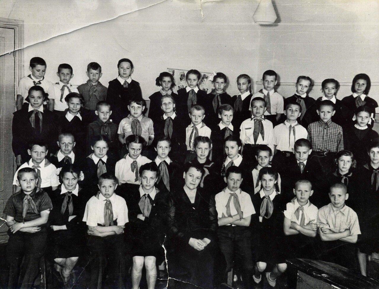1956. 3 класс. Школа №1. Балашиха.