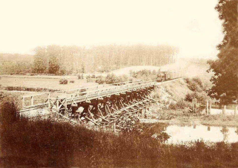 Железнодорожный мост через реку Тетерев