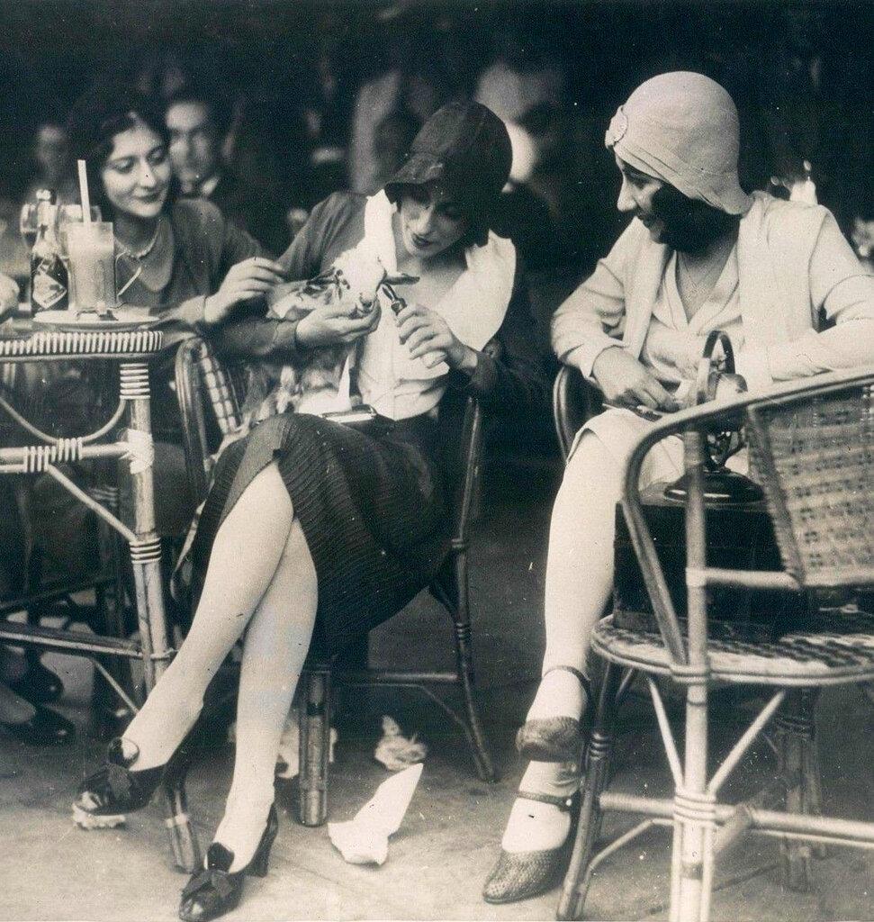 French Girls Feeding a Lamb c.1926.jpg